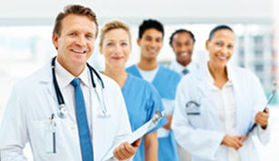 Sólo los médicos pueden tratar correctamente las enfermedades en base un diagnóstico previo
